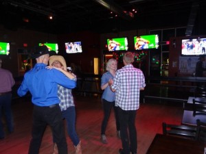 Country dance lessons in Arizona